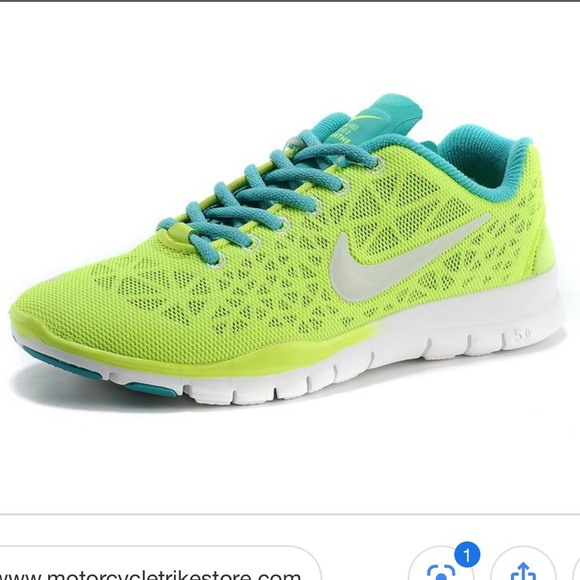 NIKE free TR fit 3 breathe trainers </p>                     </div>                     <!--bof Product URL -->                                         <!--eof Product URL -->                     <!--bof Quantity Discounts table -->                                         <!--eof Quantity Discounts table -->                 </div>                             </div>         </div>     </div>              </form>  <div style=